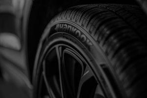 Schwarzer Reifen